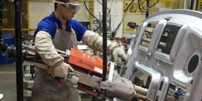 Atividade industrial apresenta alta em agosto e segue em recuperação