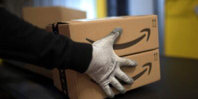Califórnia investiga situação de trabalhadores da Amazon na pandemia