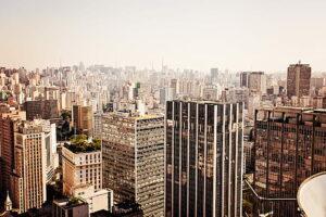 Santander (SANB11) leiloa 96 imóveis em 11 regiões do Brasil