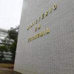 Com Correios e Eletrobras (ELET3), governo prevê privatização de 9 estatais em 2021