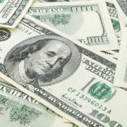 Dólar segue em queda e abre em -0,88%, negociado a R$ 5,16