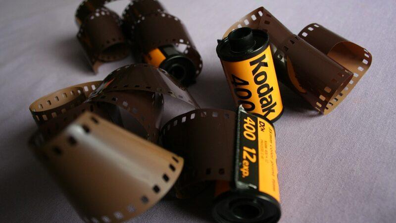 Kodak dispara mais de 1.000% com acordo para produção de fármacos
