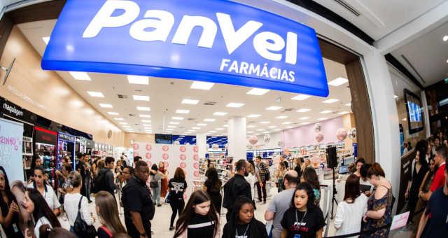 Panvel (PNVL3), controlada da Dimed, fará oferta de ações de até R$ 1,2 bi