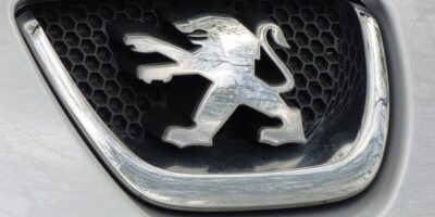 Grupo PSA, dono da Peugeot, se diz otimista com retomada das vendas