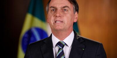 Bolsonaro anuncia intervenção no setor de energia elétrica