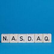 Cogna (COGN3) formaliza registro de IPO da subsidiária Vasta em NY