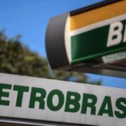 BR Distribuidora (BRDT3) paralisa comercialização de gasolina de aviação