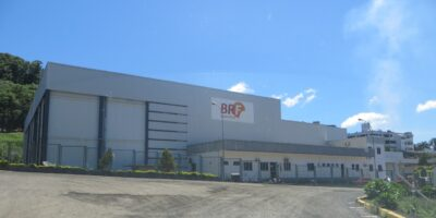BRF (BRFS3) apresenta 1.138 casos de covid-19 na planta de Toledo (PR)