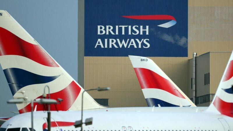 British Airways cortará salários para conter demissões em meio à crise