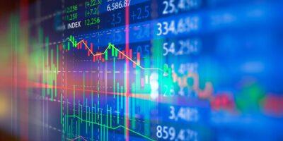 Ibovespa cai 1,52%, mas fecha melhor novembro do século