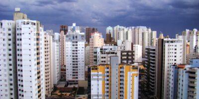 Crédito imobiliário avança 61,5% no melhor julho desde 2013, diz Abecip