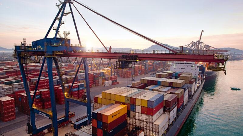 Santos Brasil (STBP3) ofertará 192,6 milhões de ações em follow-on