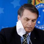 Coronavoucher: Bolsonaro critica defesa por auxílio permanente