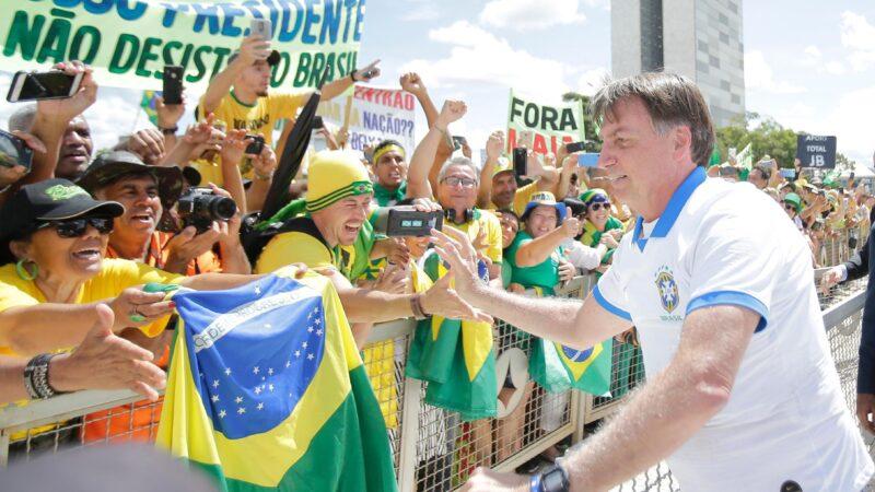 """Bolsonaro afirma que não intervirá nos preços dos alimentos """"de jeito nenhum"""""""