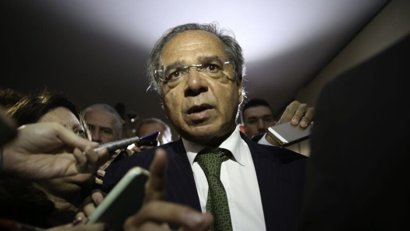 Guedes volta a prometer privatizações de 'grandes empresas' em até 60 dias