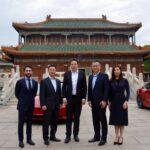 Elon Musk critica caráter 'privilegiado' dos EUA e elogia China