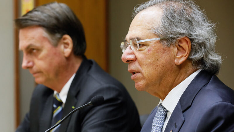 Bolsonaro dá até sexta para Guedes apresentar novo Renda Brasil