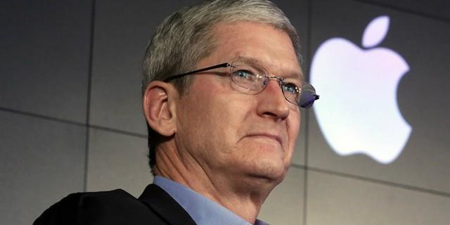 Apple registra lucro  de US$ 12,67 bi; ações afundam mais de 4% no after