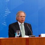 TRF suspende investigações contra Paulo Guedes por 40 dias