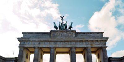 Alemanha lança experimento de renda básica de cidadania de R$ 7,8 mil