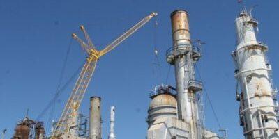 Disputa por refinarias da Petrobras (PETR4) está acirrada, diz jornal