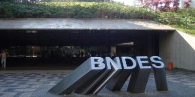 BNDES inicia oferta para venda de R$ 7,5 bi em ações da Suzano (SUZB3)