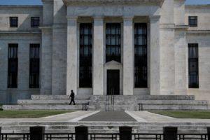Fed: recuperação econômica 'está longe de concluída', diz Esther George