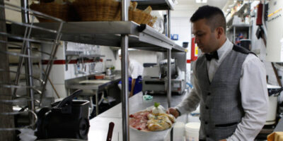 Coronavírus: estado de SP poderá reabrir comércio, bares e restaurantes
