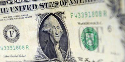 Dólar encerra em alta de 0,8%, cotado em R$ 5,554