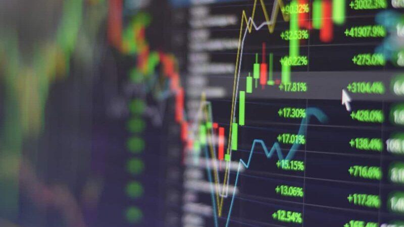 Bolsas dos EUA fecham em alta mas não se recuperam das últimas quedas