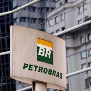 Petrobras (PETR4) amplia capacidade de regaseificação em Guanabara