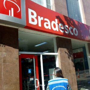 Bradesco (BBDC4) fecha acordo com funcionários sobre home office