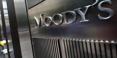 Moody's rebaixa nota do Reino Unido por desaceleração e riscos do Brexit