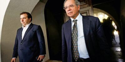 Maia se desculpa com Paulo Guedes e retoma união por reformas