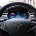 Tesla tem lucro de US$ 0,76 por ação no terceiro trimestre