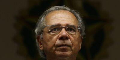 Guedes afirma que deve manter Bolsa Família devido ao 'espaço fiscal'