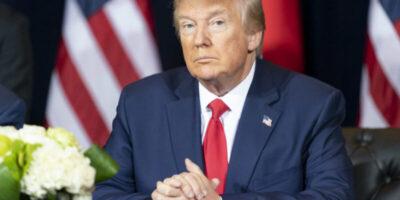Trump é hospitalizado com febre, por Covid-19, e bolsas desabam