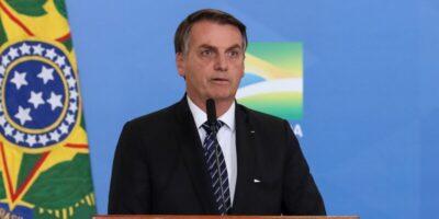 """Bolsonaro: Brasil resgatou credibilidade e economia """"está dando certo"""""""