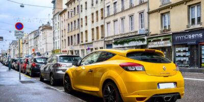 França quer dobrar o imposto sobre os carros mais poluentes até 2022