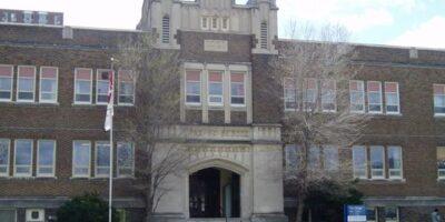 Nova York reabrirá escolas após menos de duas semanas de fechamento
