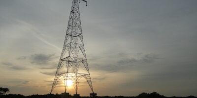 Leilão de transmissão pode atrair Eletrobras (ELET3), Taesa (TAEE11) e outras gigantes