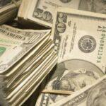Dólar em queda de 0,3%, negociado a R$ 5,34, em dia de posse de Biden