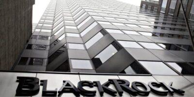 BlackRock pretende investir em derivativos de bitcoin por meio de dois fundos