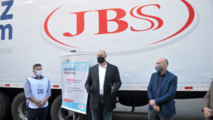 JBS (JBSS3) enviará 200 cilindros de oxigênio a Manaus