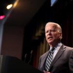 Joe Biden deve emitir ordens que afetam a economia logo após sua posse