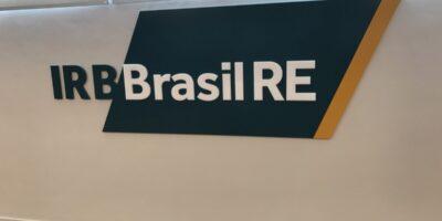 Ibovespa abre em alta puxada por IRB (IRBR3) após lucro da companhia