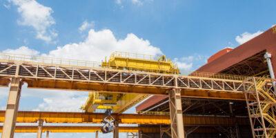 Produção brasileira de aço bruto registra queda de 4,9% em 2020