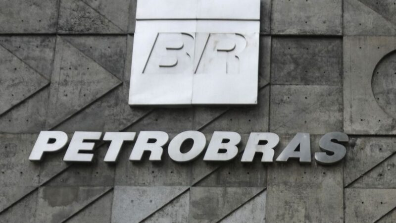 Destaques de Empresas: Petrobras (PETR4), JBS (JBSS3) e Banco do Brasil (BBAS3)