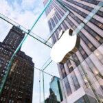 Ações da Apple negociam a níveis recordes antes de resultados trimestrais