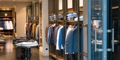 Brasil é o 7º país mais caro para comprar roupa, aponta Índice Zara do BTG Pactual